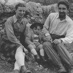 With his wife Anna and his first son Alberico, at the end of the '40s.